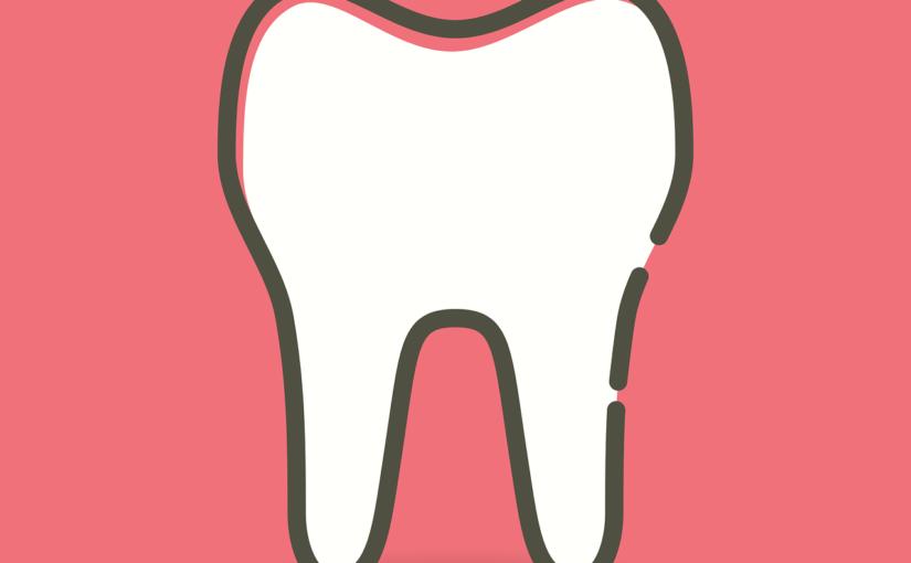 Prześliczne zdrowe zęby dodatkowo olśniewający uroczy uśmiech to powód do dumy.